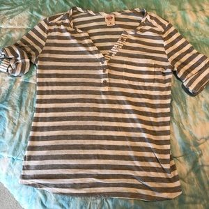 Grey and white striped Mossimo t-shirt